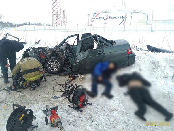 1 женщина погибла и 3 человека пострадали в ДТП в Талдомском районе Московской области