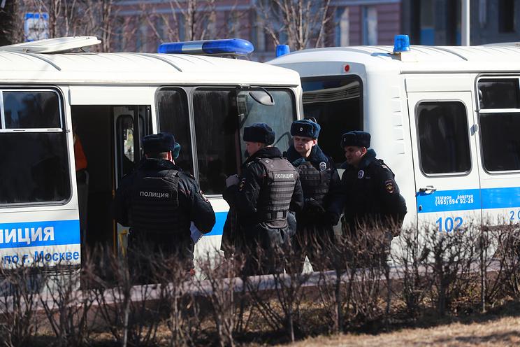 В столице задержаны свыше 30 участников несанкционированной акции протеста