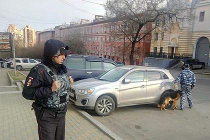 Пострадавшему при нападении наФСБ вХабаровске сделали две операции