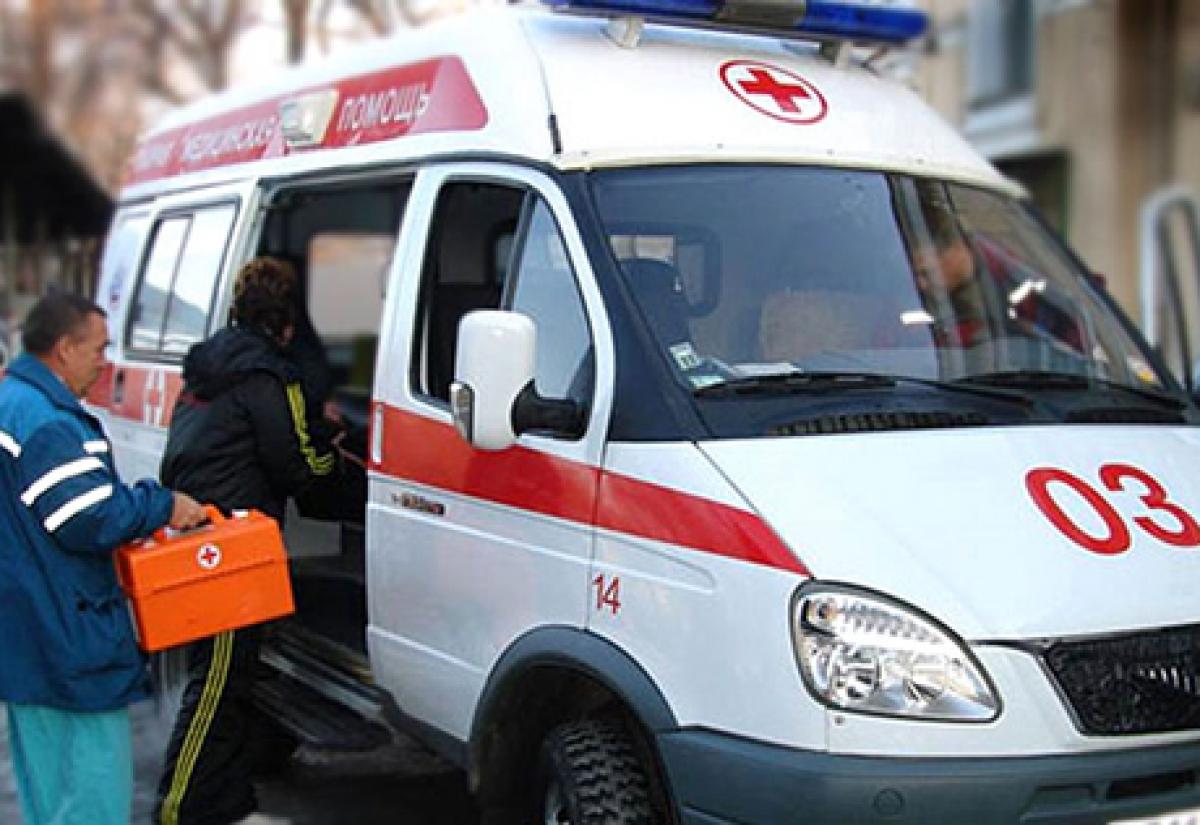 ВНефтеюганске фельдшеров скорой помощи избил нетрезвый родственник больной