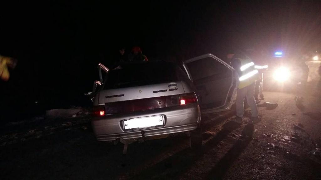 ВНефтеюганском районе при столкновении ВАЗ иМАНа умер человек